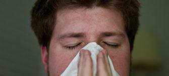 درمان جوش یا زخم داخل بینی به کمک طب سنتی