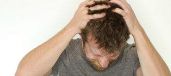 درمان جوش های داخل موها به کمک طب سنتی