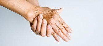 روماتیسم را به کمک طب سنتی درمان کنید