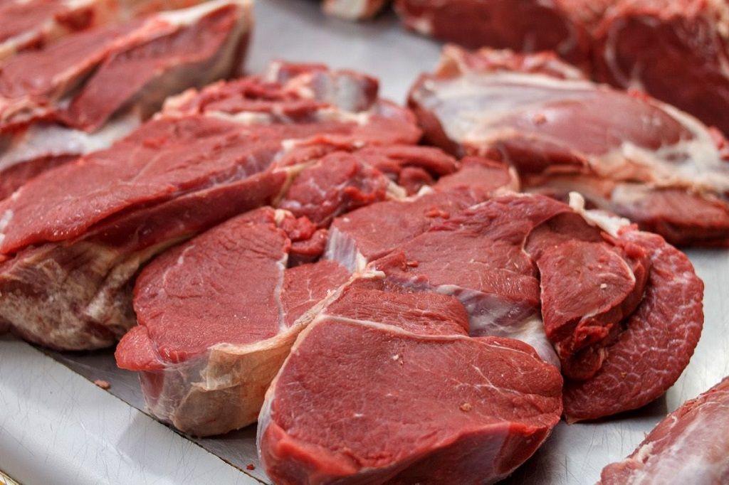 بخشی از مضرات گوشت را که باید بدانید